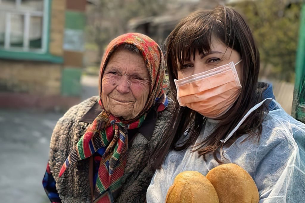 Slavic Gospel Association: church taskforce has distributed more than 500,000 meals to desperate families as Russia coronavirus infections hit a new high.